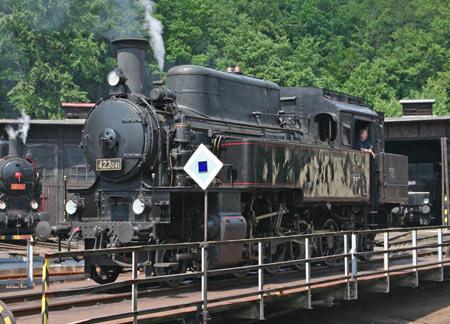 Velký bejček - parní lokomotiva řady 423.0